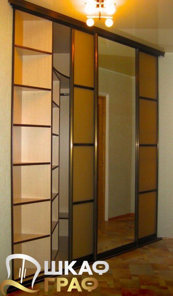 Шкаф-купе с комбинированными дверями в спальню