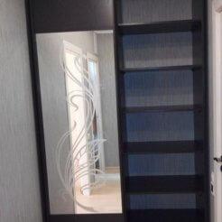 Шкаф-купе с пескоструйным рисунком в прихожую
