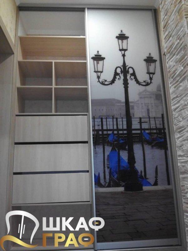 Встроенный шкаф-купе для спальни с фотопечатью венеция