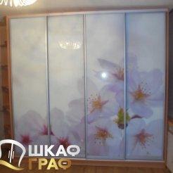 Шкаф-купе для спальни с фотопечатью цветы