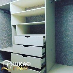 Гардеробная с выдвижными ящиками без ручек Graf № 75