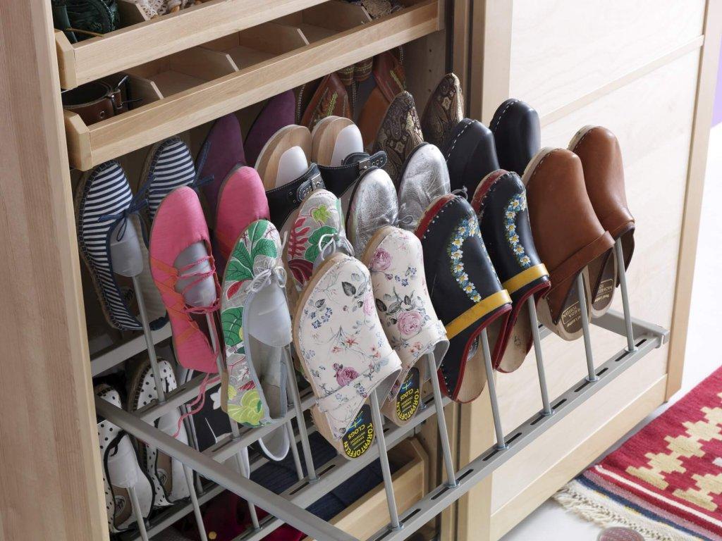 Полки для обуви в гардеробную