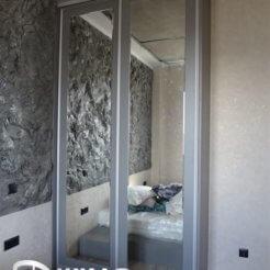 Шкаф-купе светло-серого цвета в спальню№262