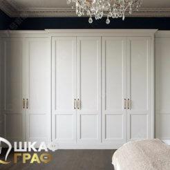 Распашной шкаф в белого цвета № 28