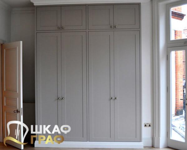 Распашной шкаф в серого цвета № 17