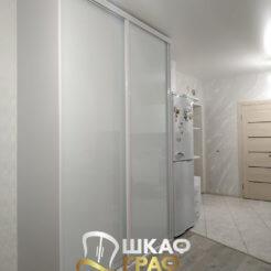 Шкаф-купе встроенный белого цвета № M-48